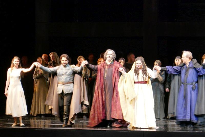 マリインスキ劇場のオペラ舞台